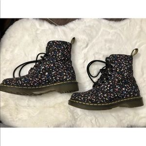 Dr Martens Multicolored Flower Pattern